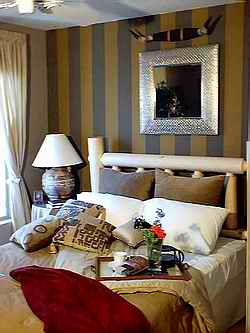 Simple Bedroom Designs on More Bedroom Decorating Ideas From Home Decorating Made Easy Com